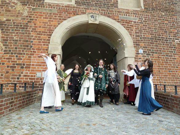 Beispiel: Mittelalterliche Hochzeiten, Foto: Eheleite.com.