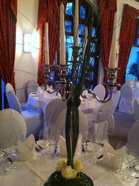 Beispiel: Dekoration beim Bankett, Foto: Blumentruhe.