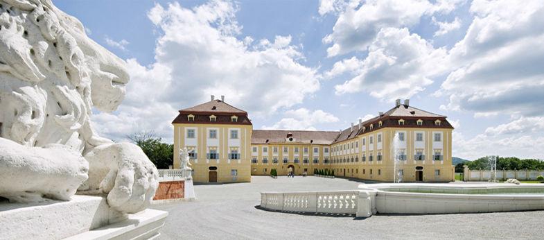 Beispiel: Blick auf das Schloss, Foto: Schloss Hof.