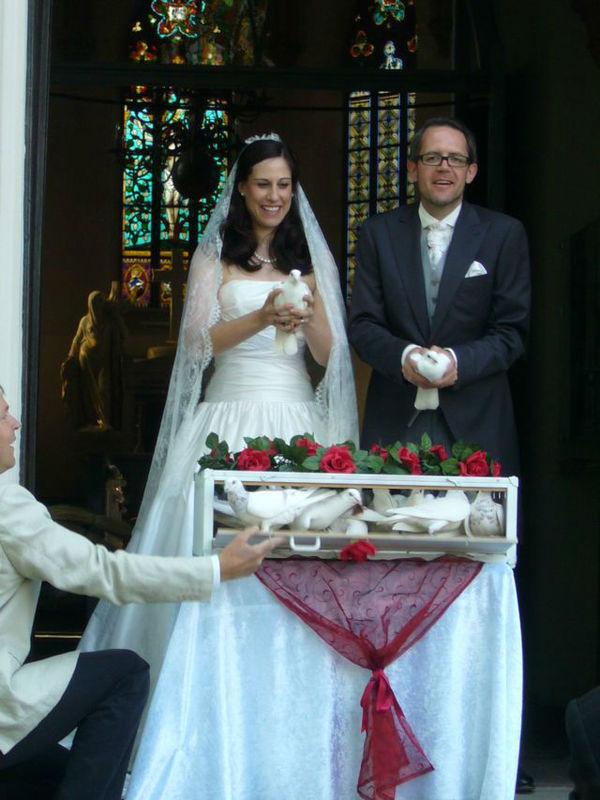 Beispiel: Handtauben, Foto: Hochzeitstauben Uwe Penkert.