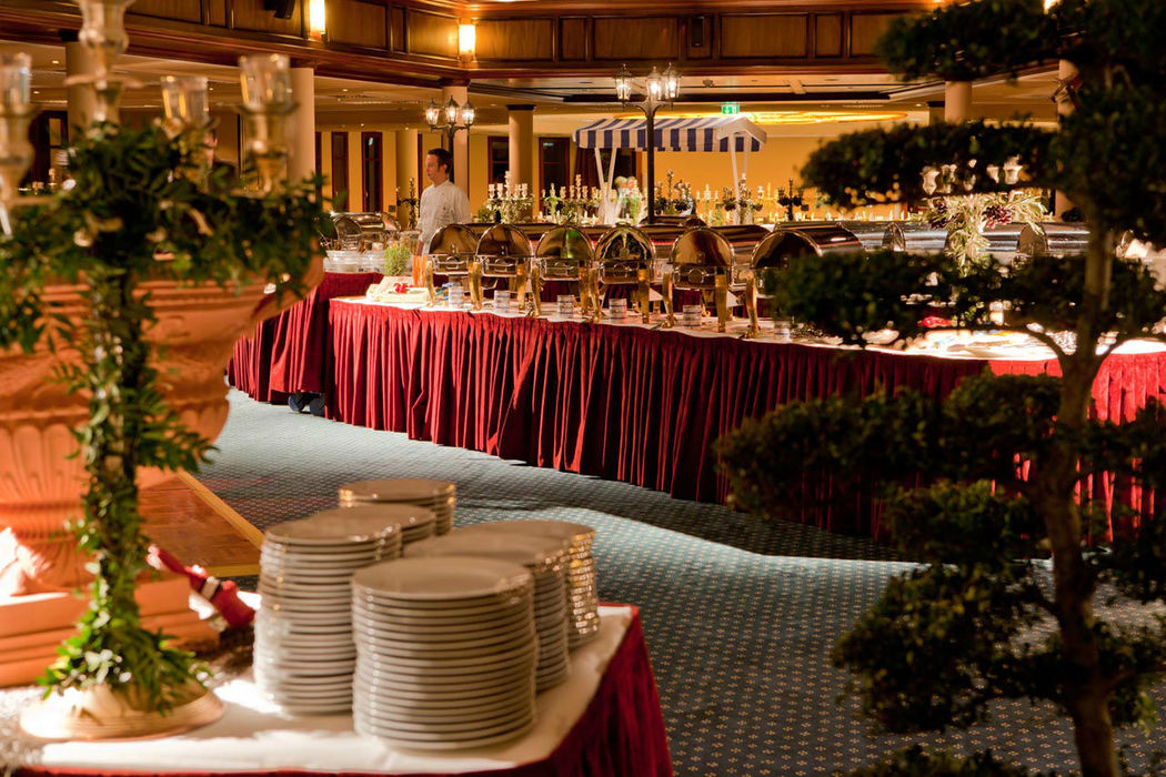 Beispiel: Buffet Restaurant, Foto: www.hohe-duene.de.