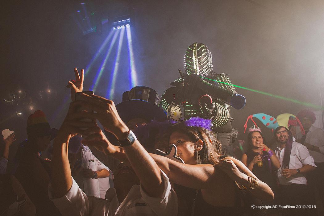 Robot led...