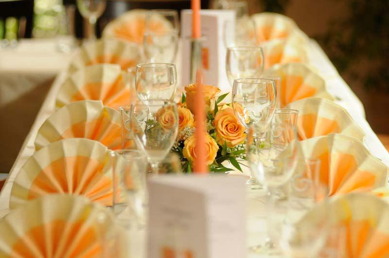 Beispiel: Tafel - Tischgedeck, Foto: Bio Hotel Bayerischer Wirt.