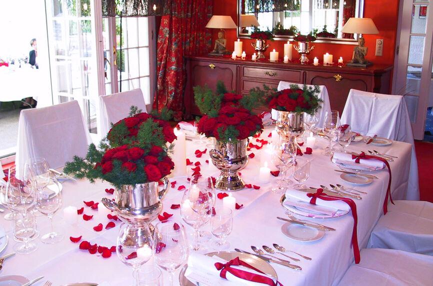 Beispiel: Hochzeitsgedeck, Foto: Rheinhotel Fischerzunft.