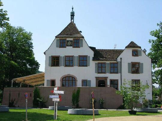 Beispiel: Außenansicht, Foto: Schloss Binningen - Hotel im Schlosspark.