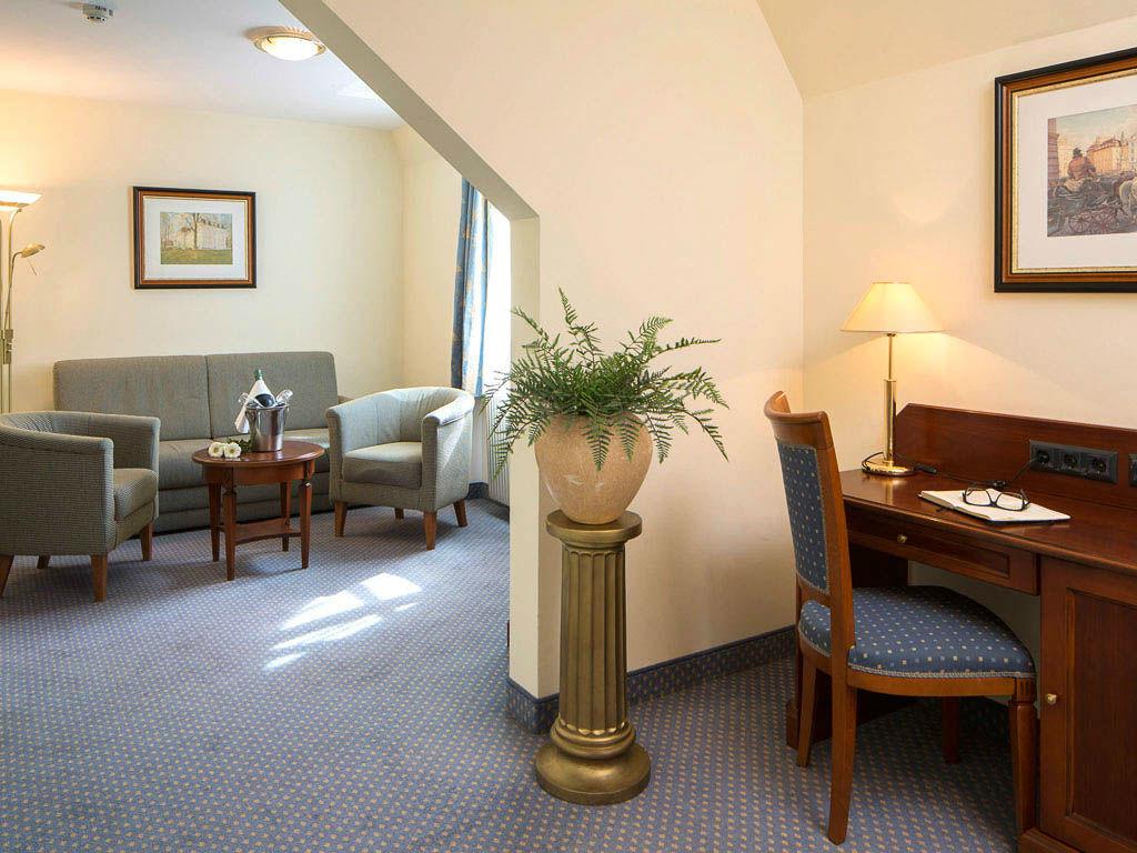 Beispiel: Hotelsuite, Foto: Austria Trend Hotel Schloss Wilhelminenberg.