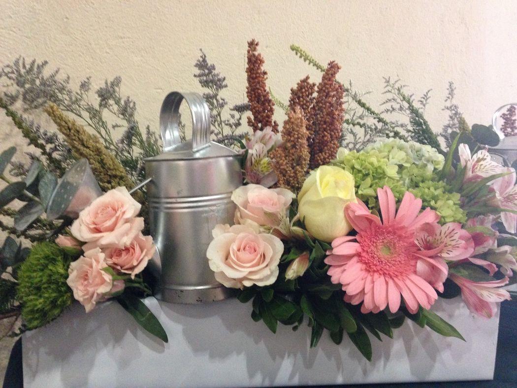 De lo mas importante para tu boda. Las flores!!