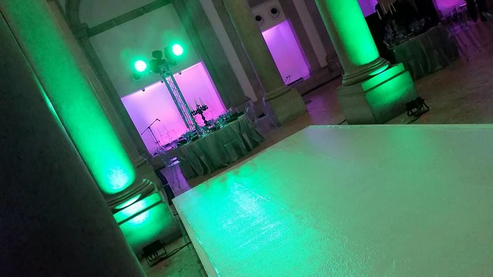 Palco e Luzes | Stage and Lighting
