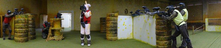 Beispiel: Zukünftiger Bräutigam unter Beschuss, Foto: Paintball Arena.