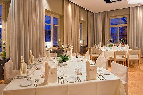 Beispiel: Hochzeitsgedeck, Foto: Gasthof Sternen.