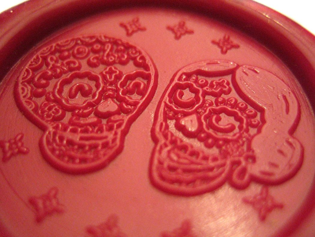 Detalle de sello de lacre + logo. Rojo  (diámetro 30mm).  www.royallacre.com