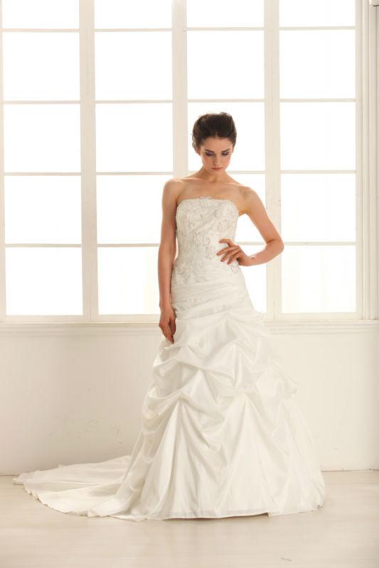 Beispiel: Verzaubern Sie Ihren Bräutigam, Foto: Prinzessin Brautmode.