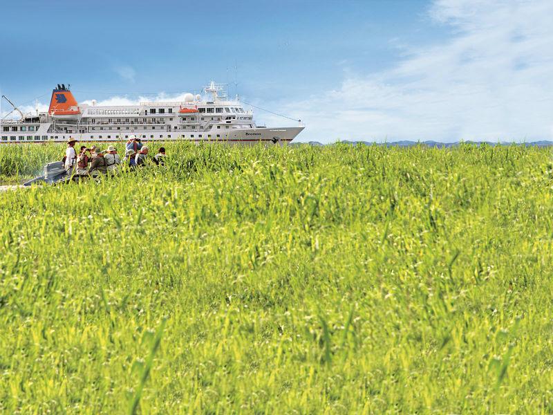Beispiel: MS Bremen, Foto: Hapag-Lloyd Kreuzfahrten.