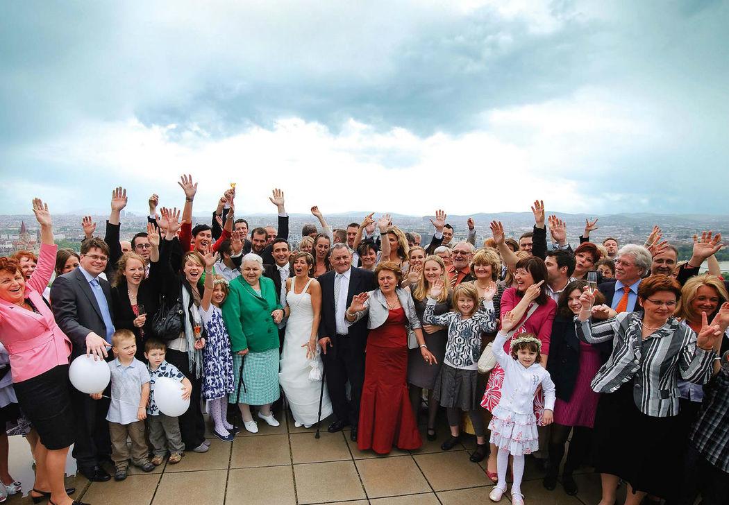 Beispiel: Hochzeitsgesellschaft, Foto: Eventwolken.