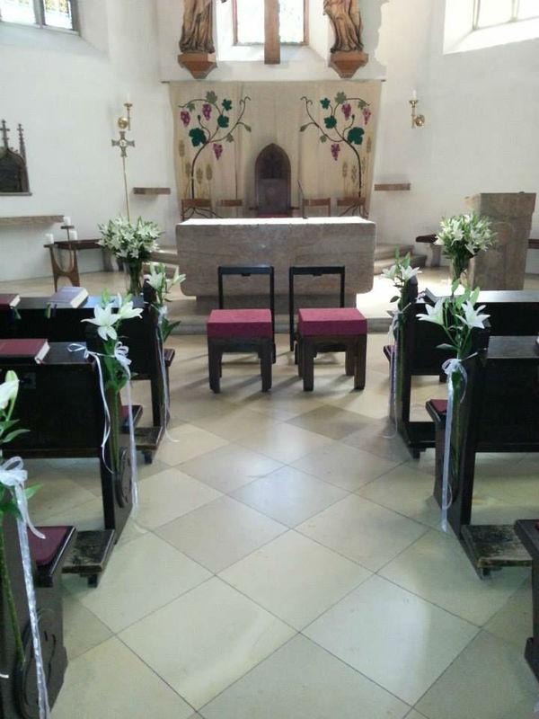Beispiel: Blumen für die Zeremonie, Foto: Blumenstube Rath.