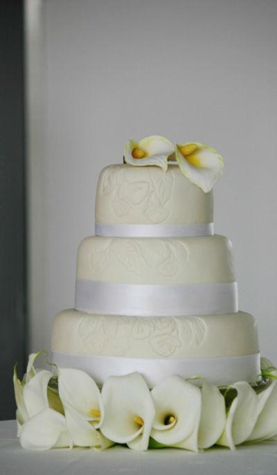 Beispiel: Traumhafte Hochzeitstorte, Foto: Cupcakes Wien.