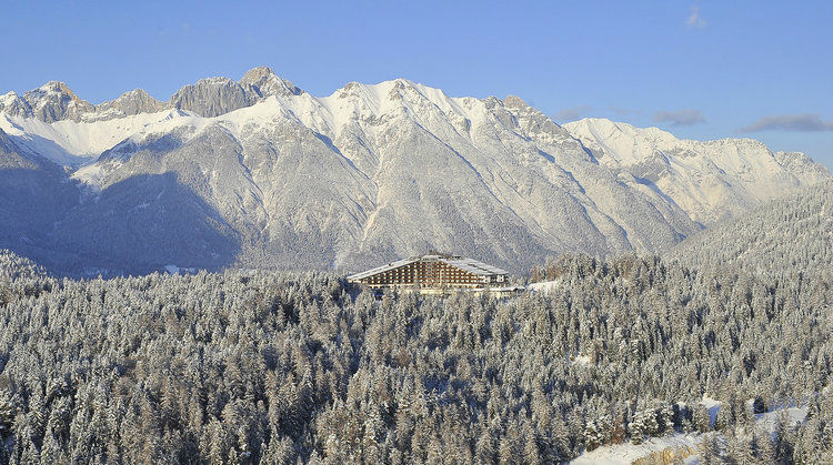 Beispiel: Umgebung, Foto: Interalpen Hotel.