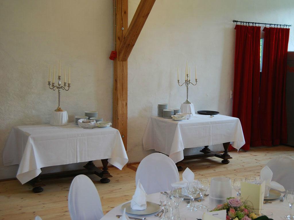 Beispiel: Remisensaal, Foto:  GenussRäume der SchulerGruppe - Schloss Dürrenmungenau.