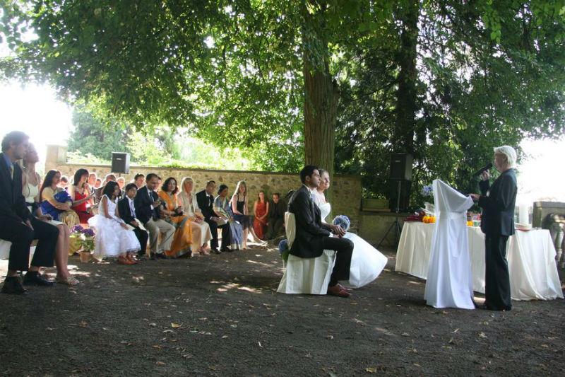 Beispiel: Trauung im Freien, Foto: Goldschmidts Park.