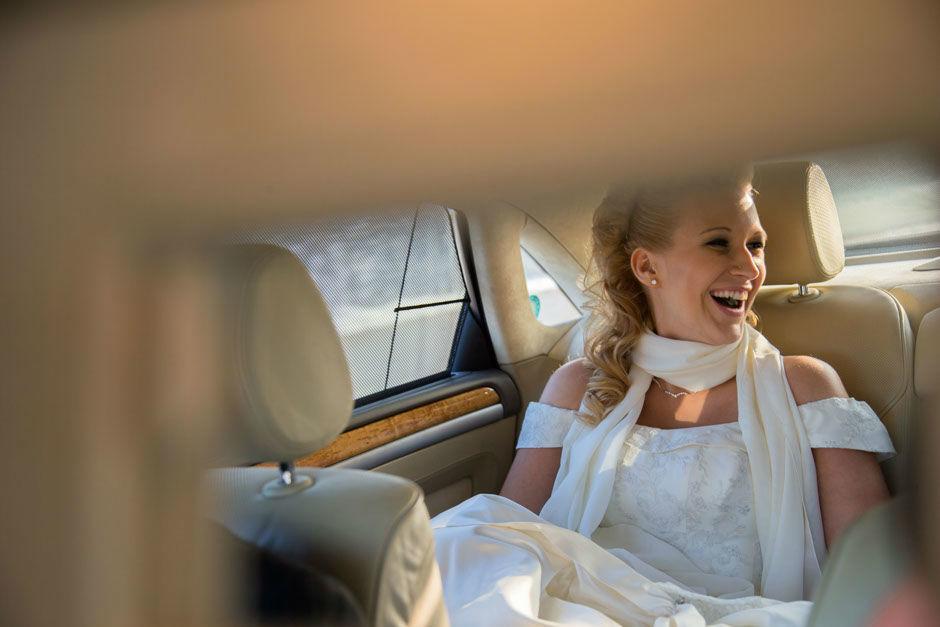 Beispiel: Portrait der Braut, Foto: 0816 Pictures.