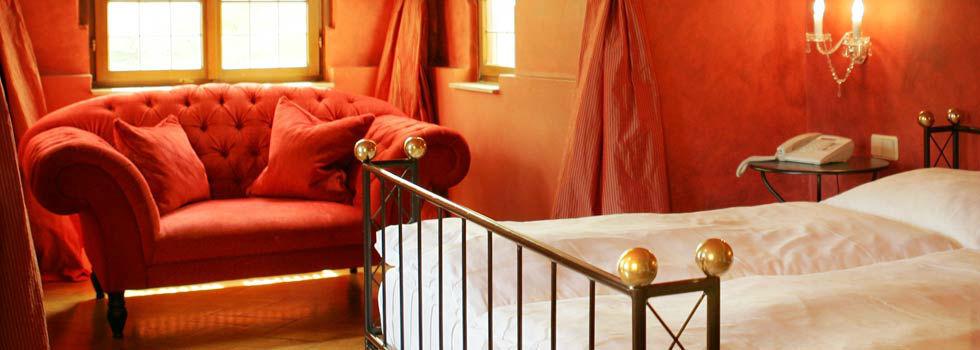 Beispiel: Zimmer, Foto: Schloss Lehen.