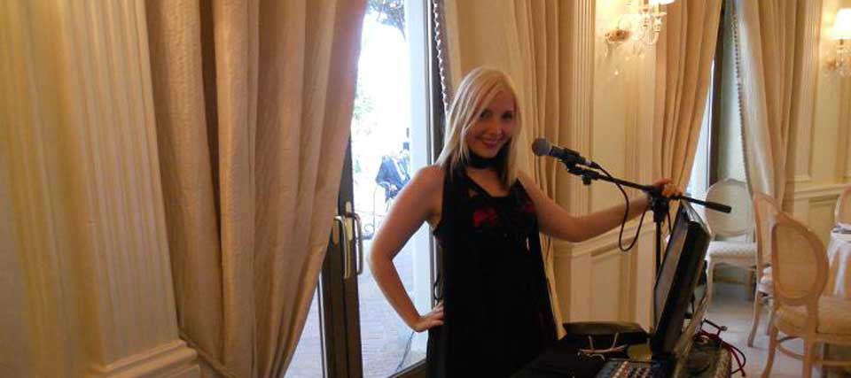 Intrattenimenti musicali per eventi e ricevimenti di matrimonio Romadjpianobar info@romadjpianobar.com http://www.romadjpianobar.com Musica dal vivo