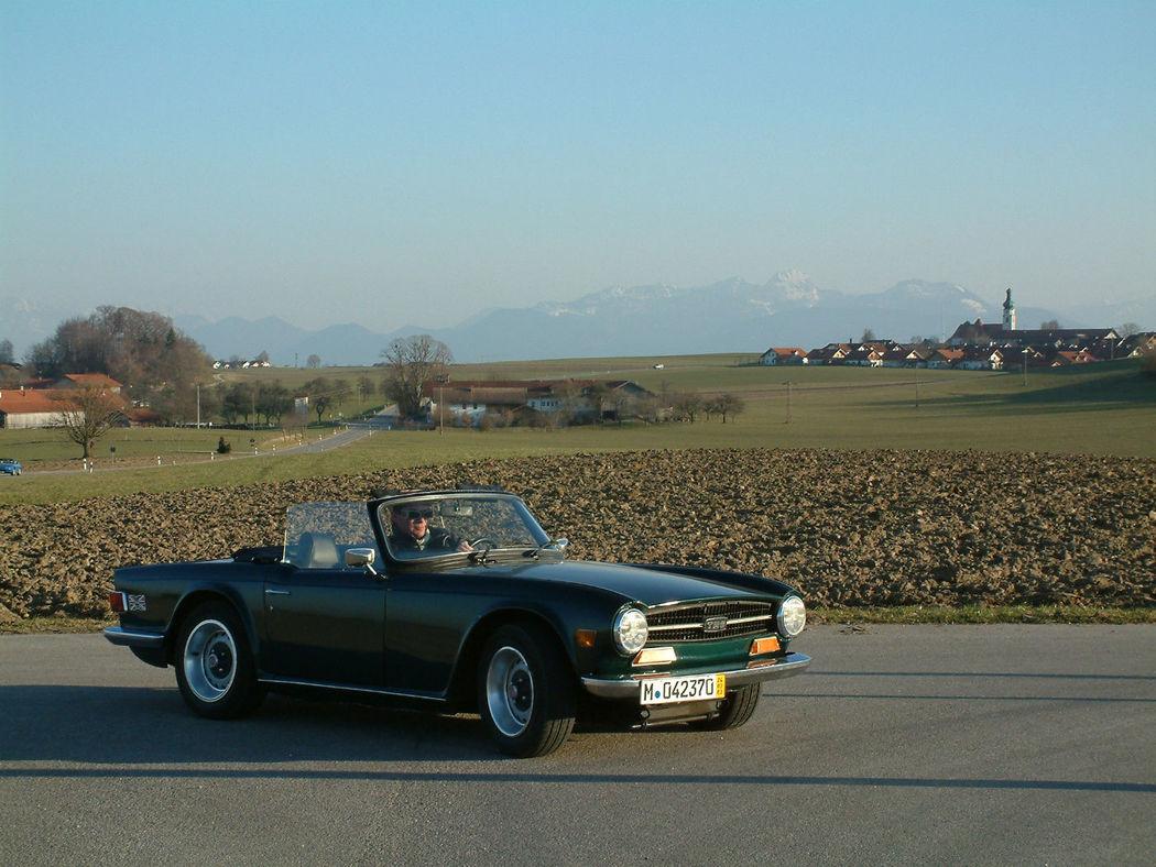 Ihr Hochzeitsauto zum Selberfahren: Triumph TR 6 Foto: Classic Roadster München