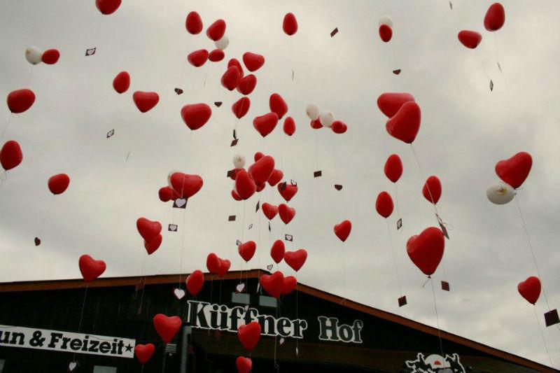 Beispiel: Hochzeitsfeier auf dem Hof, Foto: Küffner Hof.