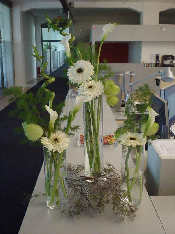 Beispiel: Tischdekoration, Foto: Blumen-Heller.
