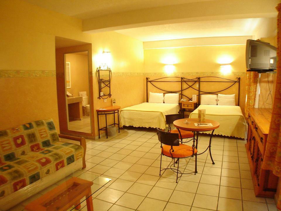 Hotel Plaza Poblana