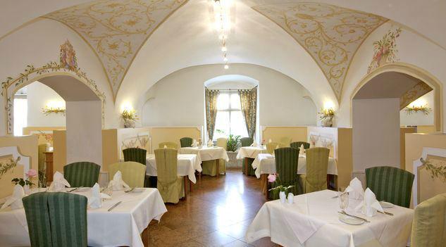 Beispiel: Festsaal, Foto: Romantik Hotel Schloss Mondsee.