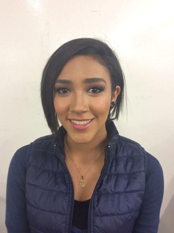 Alekssandra Gómez  Prueba de maquillaje para Graduación