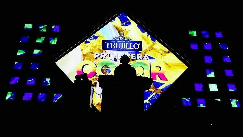 Primavera Color Fest / DJ Fox / Backus