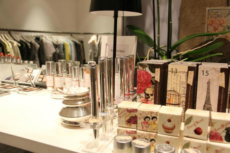 Beispiel: Die besten Produkte für Ihren großen Tag, Foto: JACKS Beauty Department.