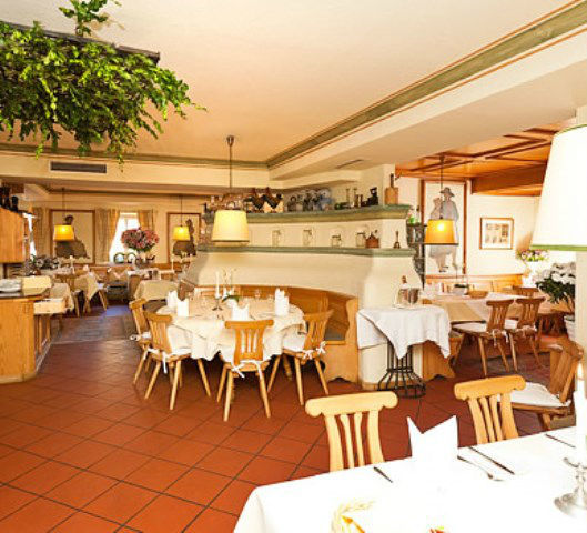 Beispiel: Restaurant, Foto: Freisinger Hof.
