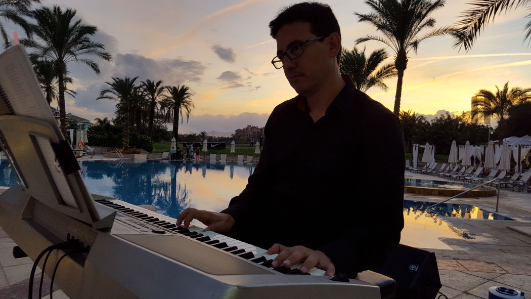 Pianista para cócteles