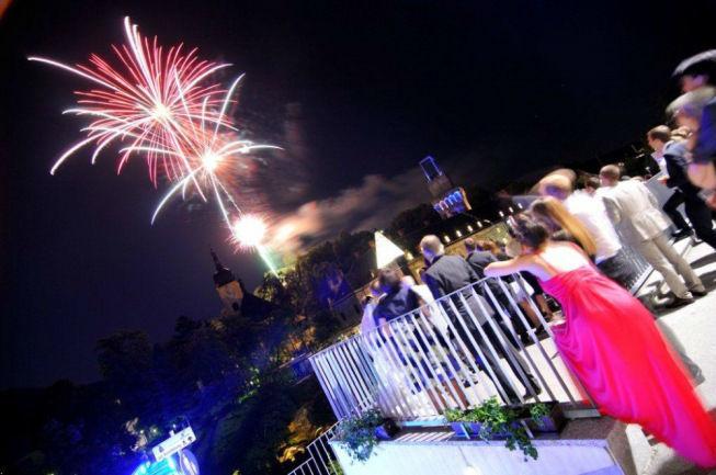 Beispiel: Feuerwerk zur Hochzeit, Foto: Schlosshotel Eisenstrasse.