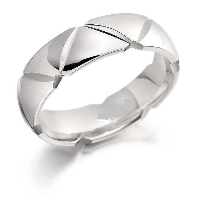 Smooch  Wedding Rings