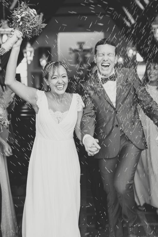 Sonrisas que enamoran... Eli & Cami  Wedding Planner: Lina Vargas Producción Decoración : Lica Creativa  Fotografía: Valeria Duque