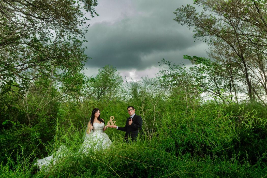 Fotografía de Bodas, Trash The Dress, Odessa Texas  Alex mendoza, Chihuahua