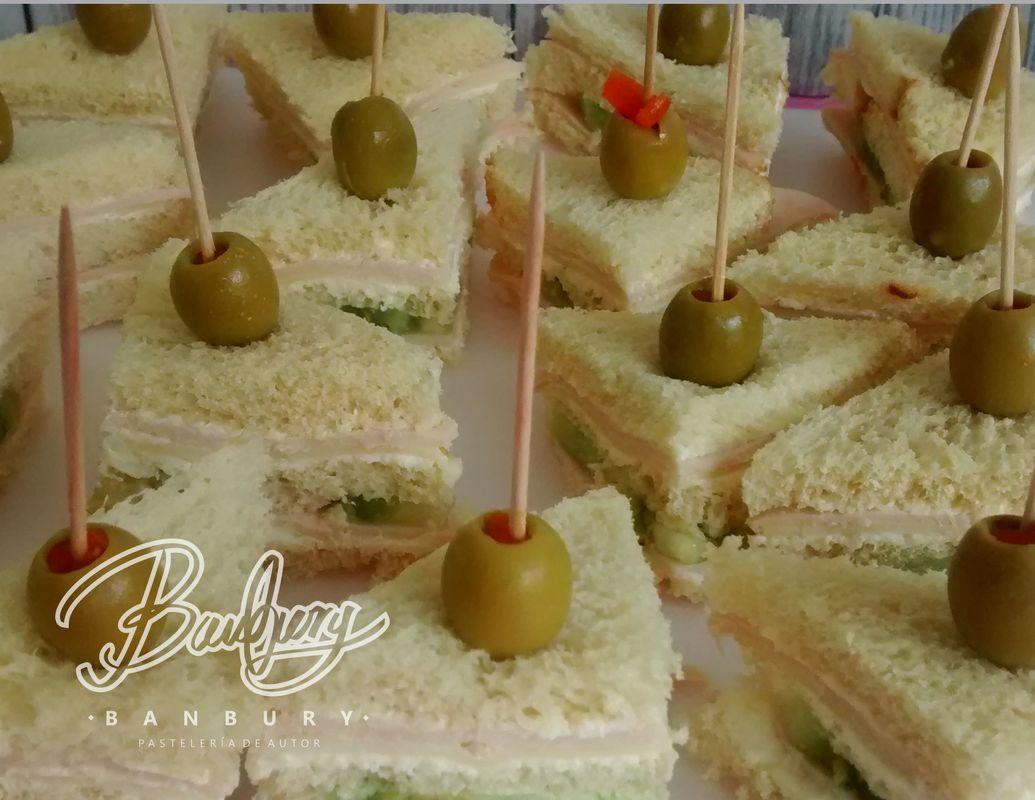 Mini sandwich de pavo y mozzarella
