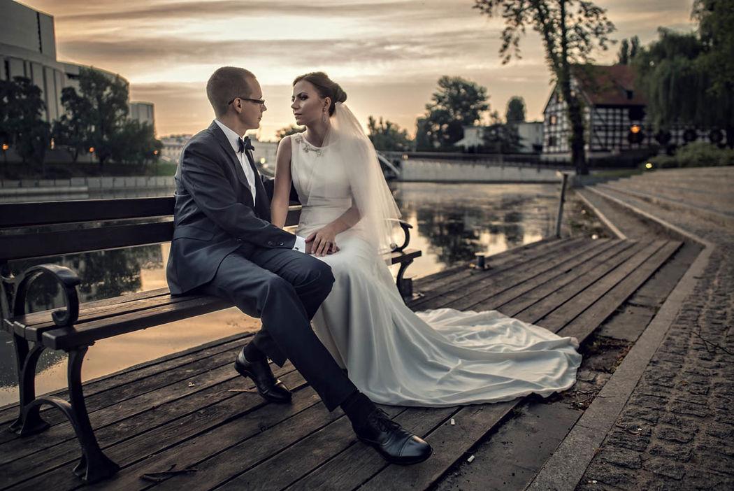 Plener ślubny Elizy i Szymona - Stare Miasto, Bydgoszcz