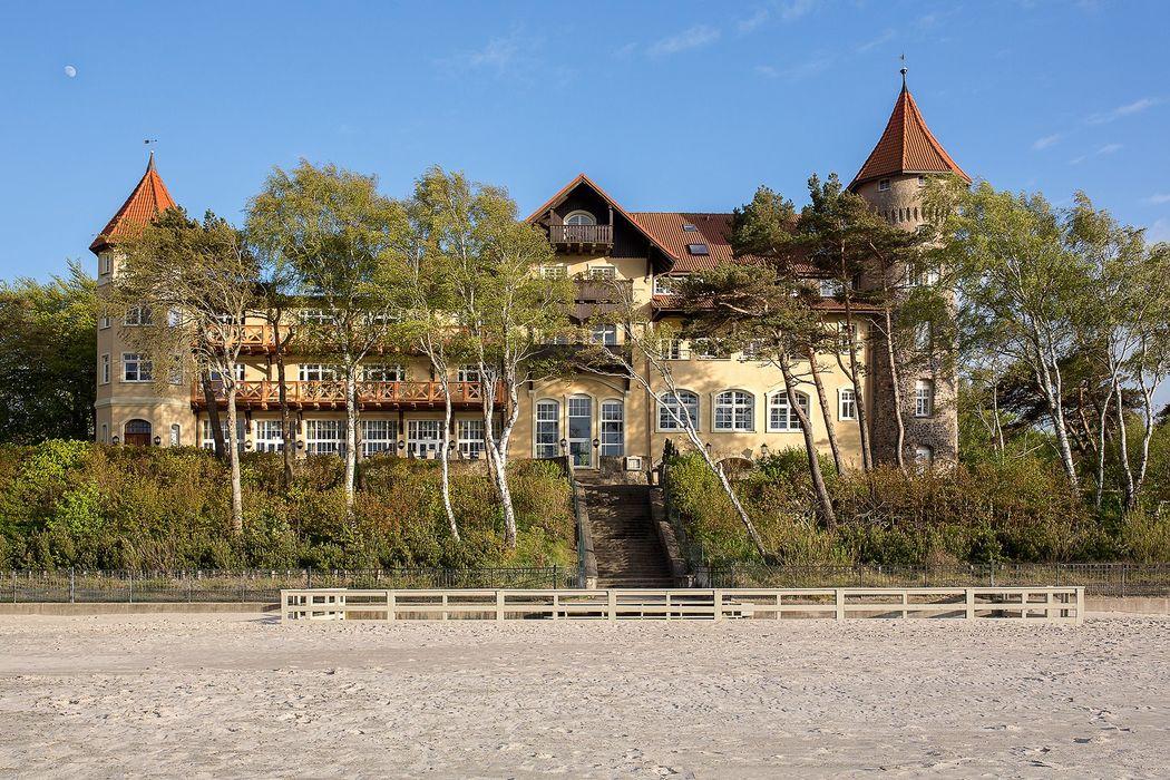 Zamek Neptun w Łebie
