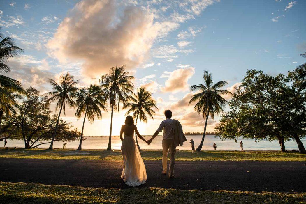 Soleil couchant sur l'île des Pins - Nouvelle Calédonie