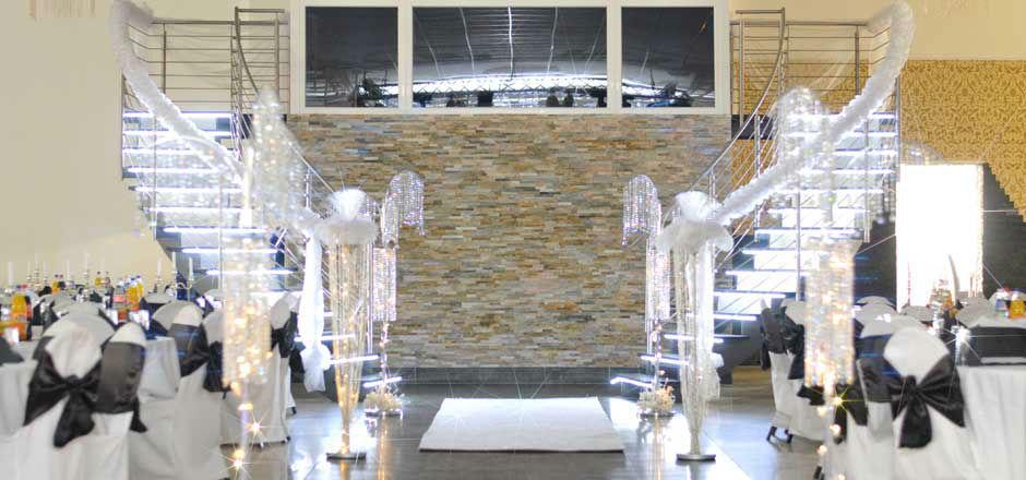 Beispiel: Saal 1 - festlich geschmückt, Foto: Elite Event Center.