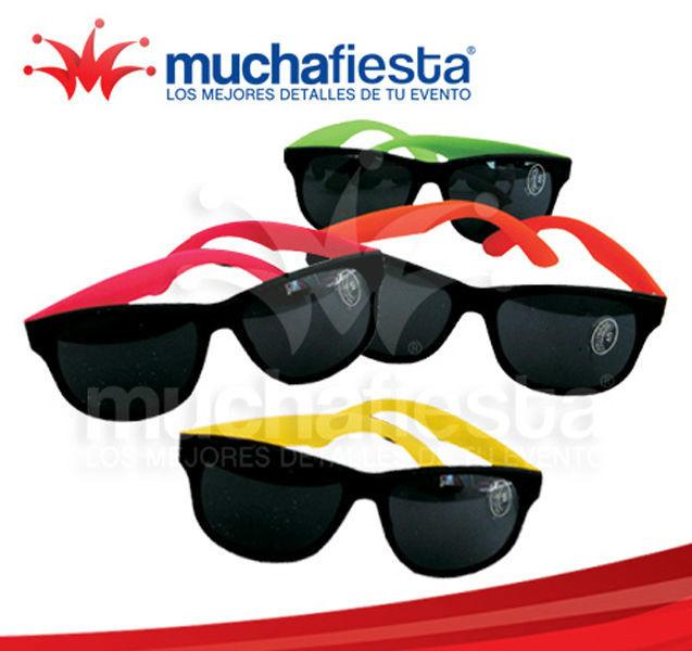 Muestra tu estilo con los lentes de colores!