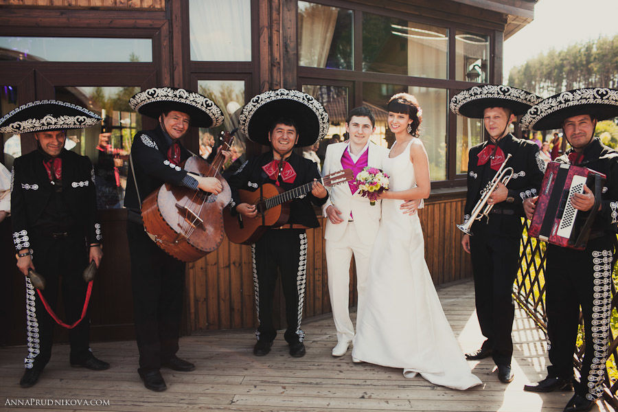 Мексиканская фиеста Татьяны и Александра.