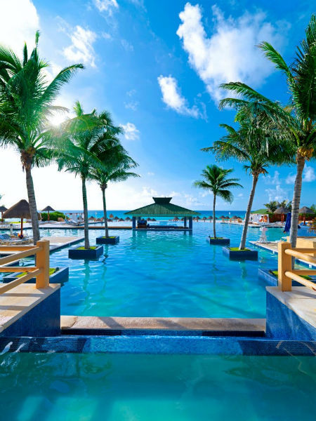 Hotel para pasar una luna de miel inolvidable en la playa - Foto IberoStar Cancún