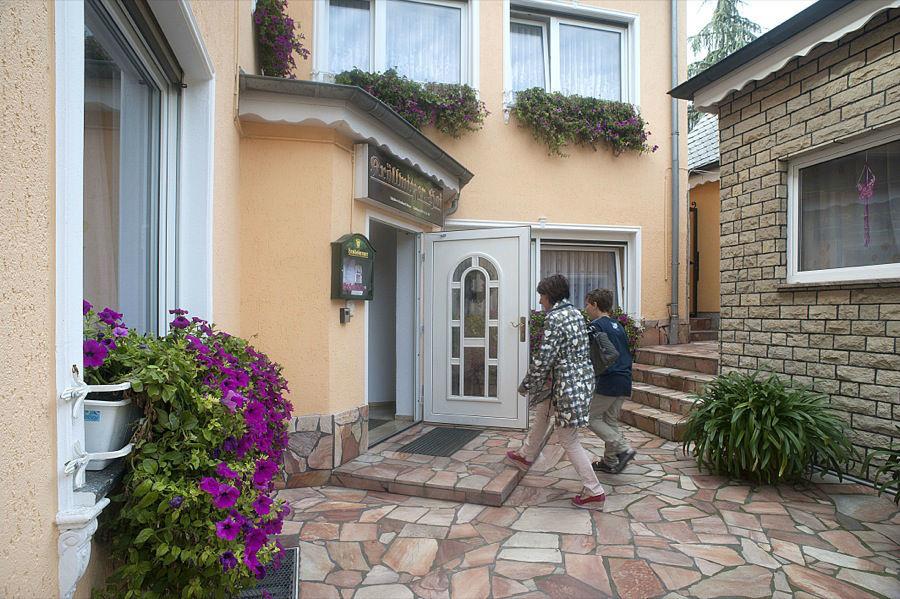 Beispiel: Eingangsbereich, Foto: Hotel Kröllwitzer Hof.