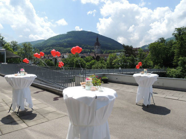 Beispiel: Panoramaterrasse, Foto: Schlosshotel Eisenstrasse.